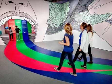 Bij de opening van het Futurehouse in Eindhoven is iedereen blij