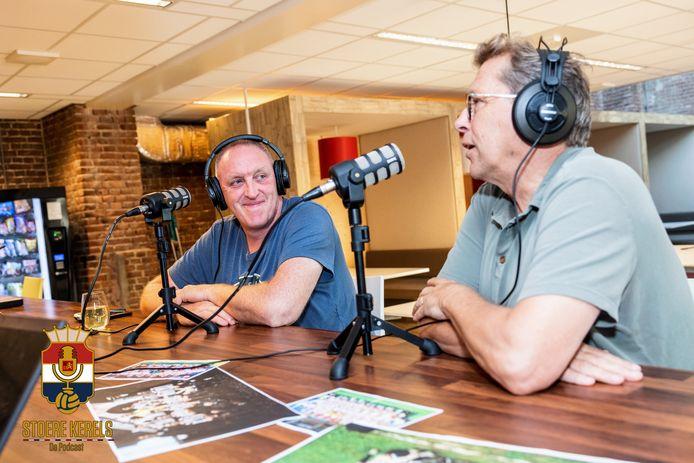 Bud Brocken en John Feskens bij de opname van de eerste aflevering van Stoere Kerels de podcast.