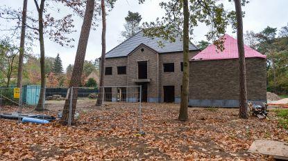 Aannemer legt werken aan villa Veljkovic stil