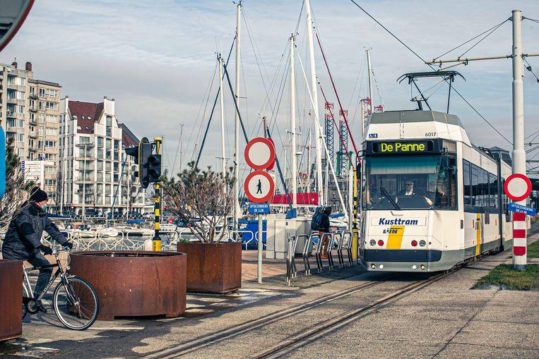 Dankzij de Kusttram krijgt Oostende een fors budget.  Beeld Bas Bogaerts