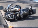 Scooterrijder komt hard ten val tijdens uitwijkmanoeuvre in Breda