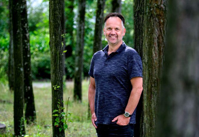 Patrick Stam is na een turbulente tijd nu ervaringsdeskundige bij het Vivera Sociaal Wijkteam in Zwijndrecht.