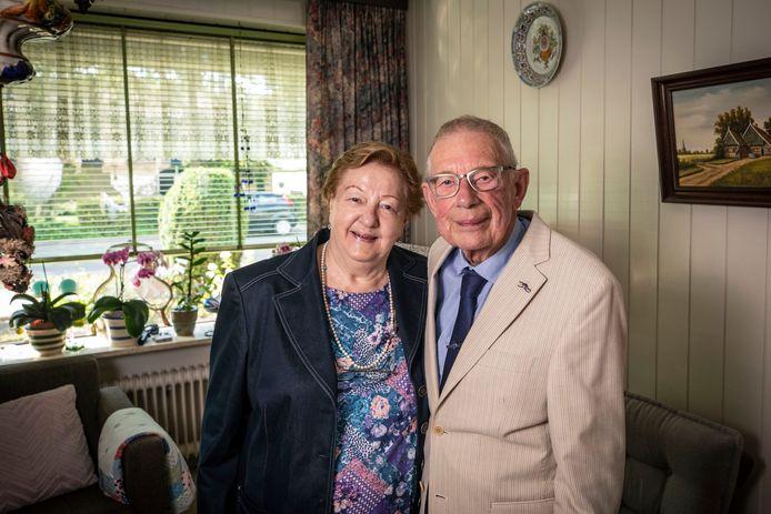 Het diamanten echtpaar Janke Kramer en Wiebe Valkema.