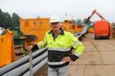 Projectleider Roel Duran op het bouwterrein aan de Nieuwe Wolpherensedijk.