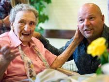 Oudste Nederlander, An Brasz uit Utrecht, mag vandaag 114 kaarsjes uitblazen