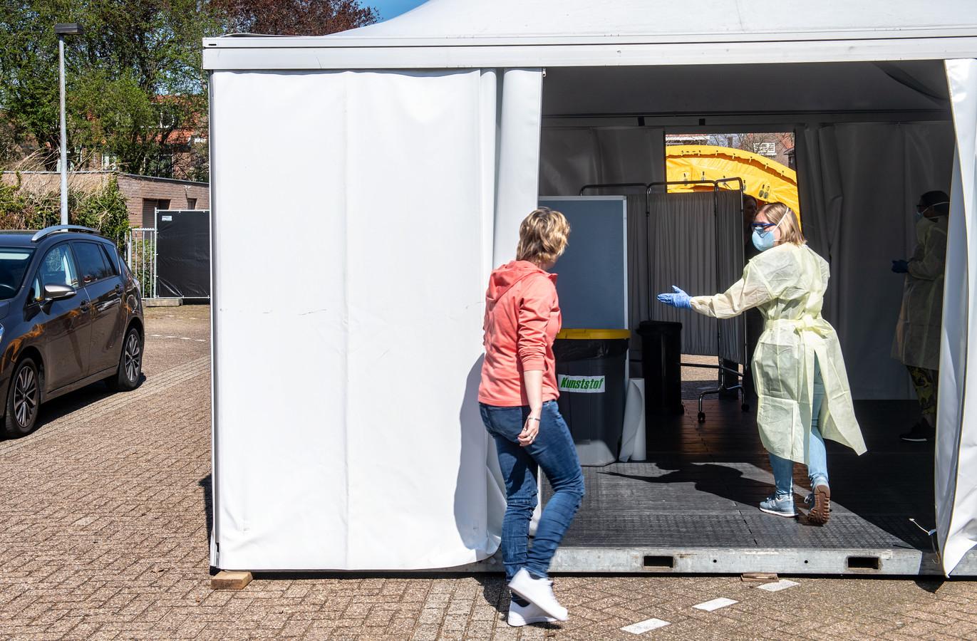 Nijmegen/Nederland: Medewerkerstest GGD Gelderland zuid Dgfoto Foto: Bert Beelen