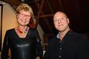 Elly van Eijk (gemeente) en Michael Gerbrands (Kunstkader).