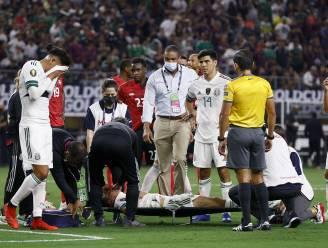Lelijke botsing van 'Chucky' Lozano op Gold Cup doet huiveren: Napoli-aanvaller blijft roerloos liggen en wordt afgevoerd
