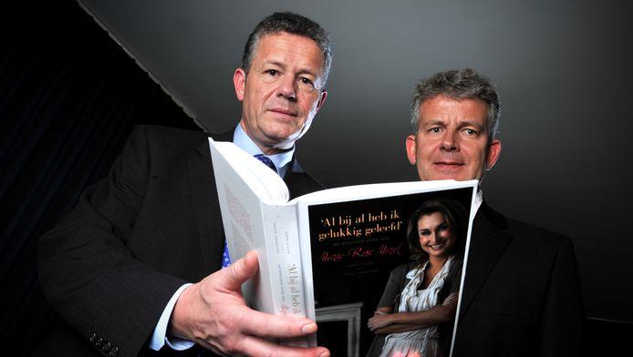 Oud-VB-voorzitter Frank Vanhecke schreef samen met Koen Dillen, zoon van wijlen Vlaams Blok-oprichter Karel Dillen, het boek 'Al bij al heb ik gelukkig geleefd. Het bewogen leven van Marie-Rose Morel','. Vanheckes echtgenote verloor in februari 2011 de strijd tegen kanker.