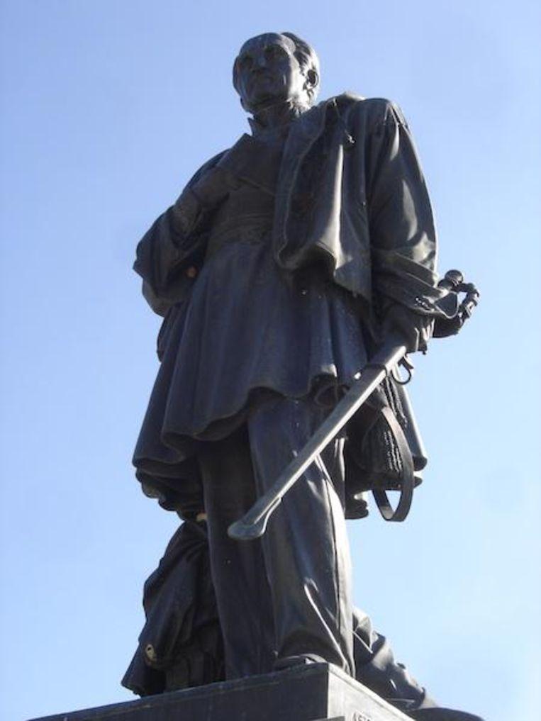 Excideuil  standbeeld van Thomas-Robert Bugeaud, bevelhebber van de Franse bezettingsmacht in Algerije tussen 1841 en 1847 Beeld rv