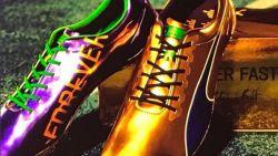Gesigneerde olympische spikes van Usain Bolt gestolen
