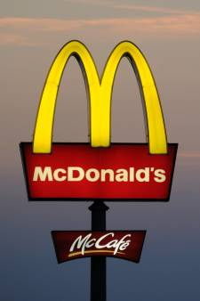 L'ex-PDG de McDonald's aurait entretenu des relations sexuelles avec plusieurs employées: il risque gros