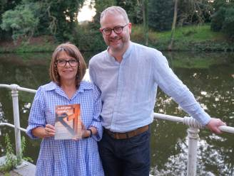 """Chris Denert (67) debuteert als auteur met manuscript dat twintig jaar lang in de schuif bleef liggen: """"Ik wilde alleen de demonen uit mijn hoofd verjagen"""""""