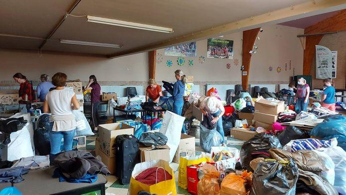 De Turnhoutenaars brachten massaal spullen binnen om de slachtoffers in Wallonië te helpen.