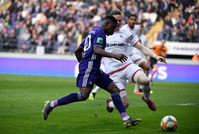 BRUSSELS, BELGIUM - APRIL 7 : Francis Amuzu midfielder of Anderlecht and Simen Juklerod  defender of Antwerppictured during the Jupiler Pro League playoff 1 match between RSC Anderlecht and Royal Antwerp on April 07, 2019 in Brussels, Belgium, 7/04/2019 ( Photo by Philippe Crochet/ Photonews