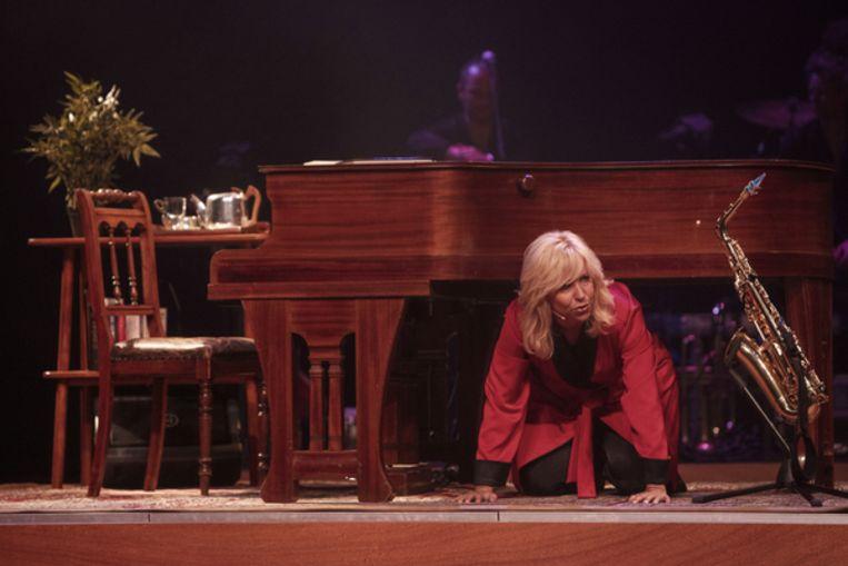 Claudia de Breij in haar nieuwe voorstelling #NU. Beeld Hans Peter van Velthoven