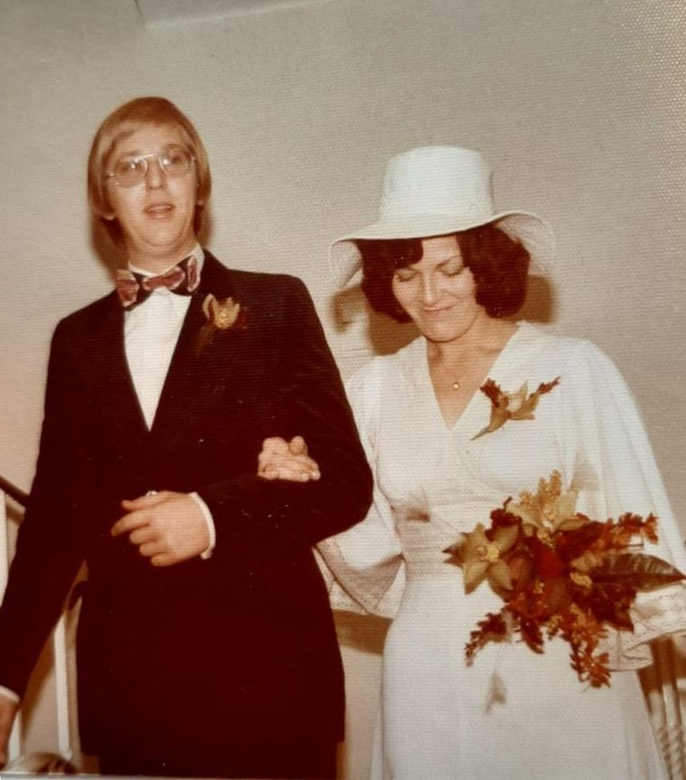 Elzo en Betsie op hun trouwdag in 1976. Beeld rv