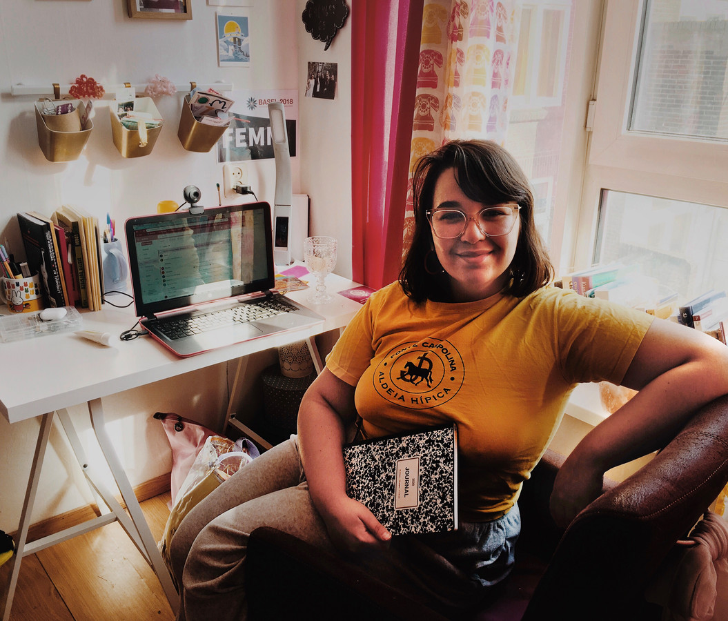Student Joana Cavaco uit Portugal in haar Rotterdamse woning.
