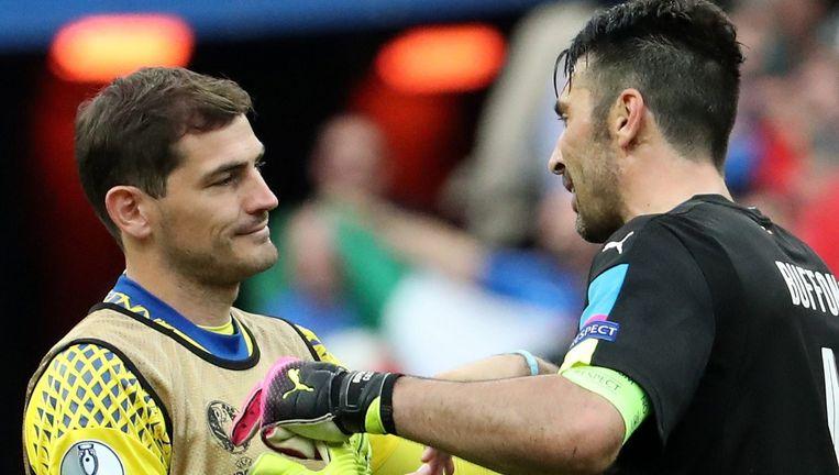 Iker Casillas met Gianluigi Buffon.