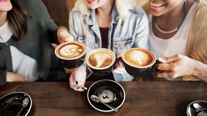 Zoveel cafeïne zit er in je kopje deca koffie (ja, echt!)