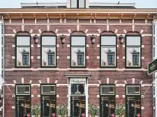 Mogelijk stadsherberg van twaalf kamers in Alphense Raadhuisstraat