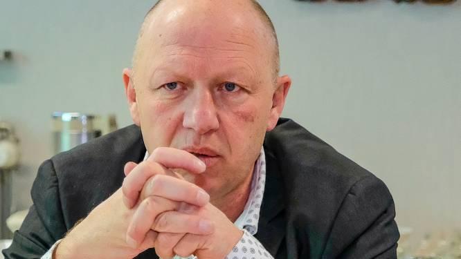 """Burgemeester Hans Bonte over PFOS in Vilvoorde: """"Mijn grote bezorgdheid gaat uit naar de grond van de kazerne die als landbouwgrond gebruikt wordt"""""""