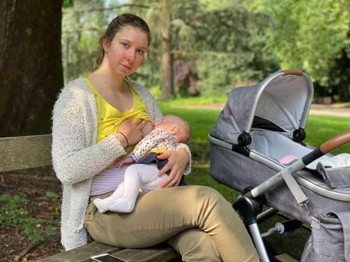 Lisa Van Deynze et sa fille Arya.