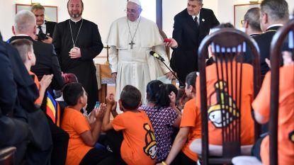 Paus vraagt vergiffenis voor discriminatie van Roma