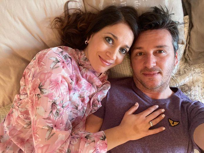 Davy Gilles en Sasha Rosen genieten nog na van hun Valentijnsweekend als de kinderen in bed liggen