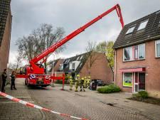 Brandweer rukt uit met hoogwerker en beukt deur huis in om alarmerend 'sissend geluid'