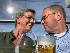 Anneke (63) was hard voor zichzelf, maar lief voor anderen: 'Zelfs na haar dood groeiden we verder naar elkaar toe'
