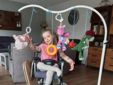 Wens van Sophie uit Nieuw-Beijerland gaat in vervulling: ze krijgt een speciale speelboog