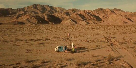 Stuntman 'Mad Mike' Hughes omgekomen bij mislukte raketlancering