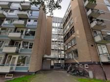 Verpauperde flats op de Oranjelaan worden eindelijk opgeknapt