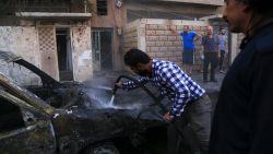 Verschillende doden bij IS-aanslag in Syrië, jihadisten ontsnappen na Turks bombardement