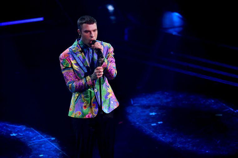 Fedez op een concert in maart dit jaar. Hij komt op voor homorechten, maar kreeg het verwijt van hypocrisie.  Beeld Getty Images