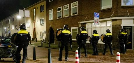 Lees terug   Binnen een uur veertien buitenbranden in Den Haag, vier aanhoudingen in Duindorp