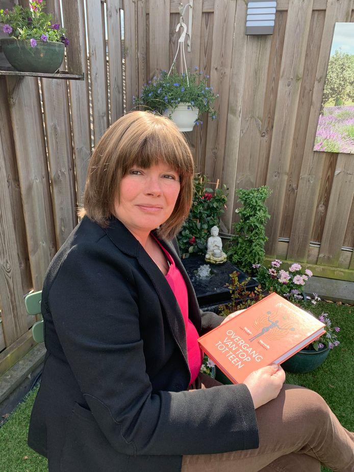 Marcelle Meesters schreef een boek over de overgang met Mirjam in 't Veld en ze gaven het aan de koningin