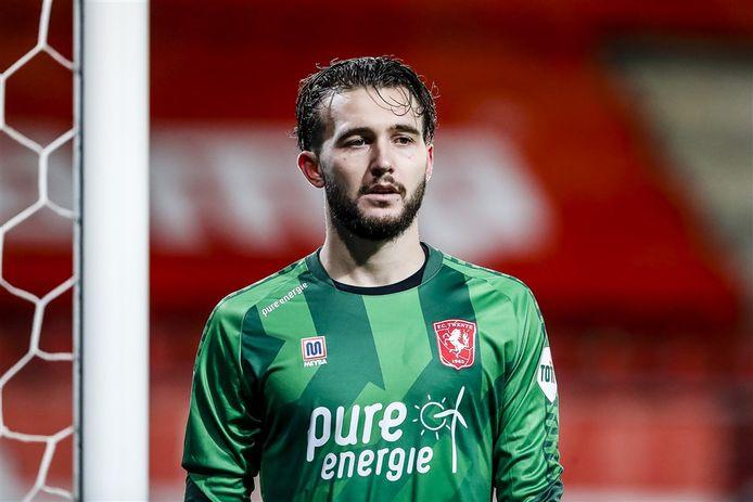 Joël Drommel tijdens een eerder duel van FC Twente met PSV.