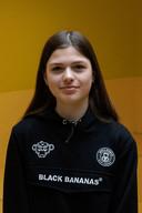 Romy Sneijers (14) uit Son en Breugel gaat elke dag naar school in Nuenen, op het Nuenens College.