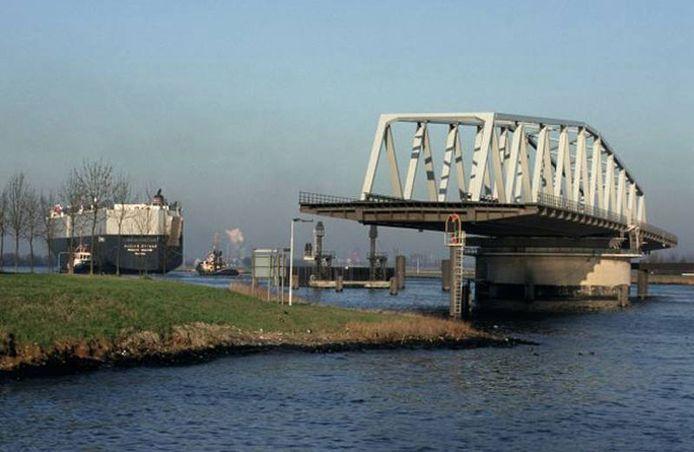 De brug van Sas van Gent.