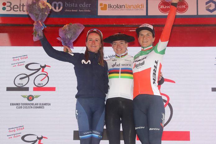 Van links naar rechts: Annemiek van Vleuten, Anna van der Breggen en Elisa Longo Borghini.