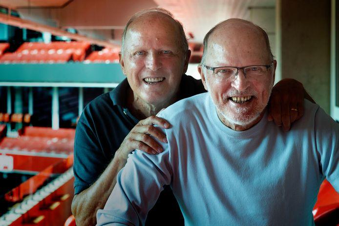 Ze zijn dan al wel ruim dertig jaar gestopt met voetballen: René (l) en Willy van de Kerkhof zijn altijd in beeld gebleven.