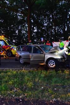 Automobilist (31) komt om het leven bij ongeval in Liessel, kind naar ziekenhuis