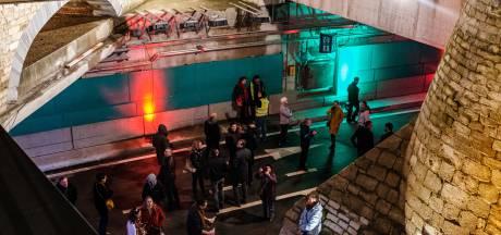 FOTOREEKS. Antwerpenaars maken kennis met nieuwe tunnels onder Operaplein