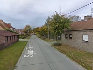 Gsm-toestellen en rugzak gestolen bij woninginbraak in Sint-Pieterstraat