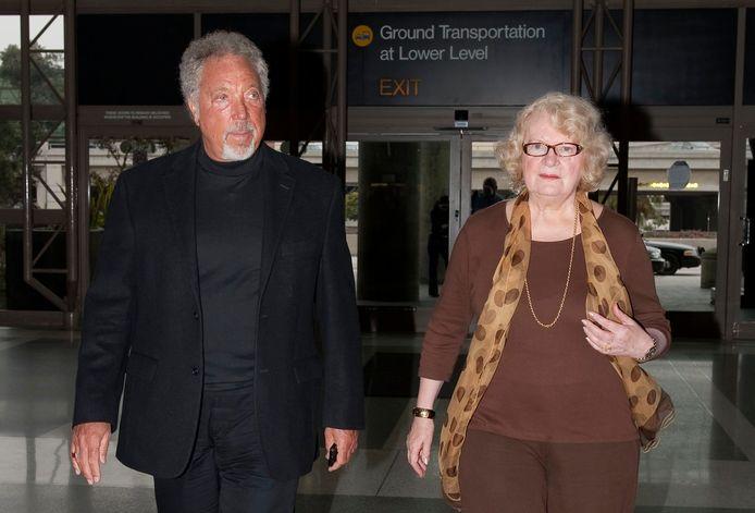 Tom Jones en zijn vrouw Linda.