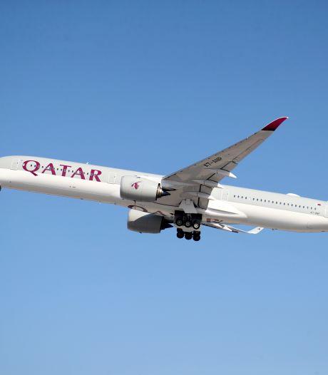 """Une centaine de """"membres de la famille du foot"""" évacués d'Afghanistan vers le Qatar"""