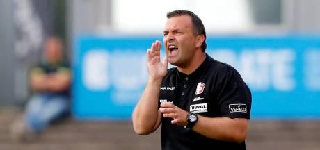 Dordrecht-trainer Braga wil na roerige seizoenstart vertrouwen zoeken tegen Jong Ajax en Jong AZ