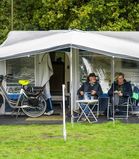 Boekingen stromen binnen bij campings: 'Enorme belangstelling voor kleinschalig kamperen'